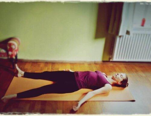 5 ejercicios de yoga relajante para una buena noche de sueño